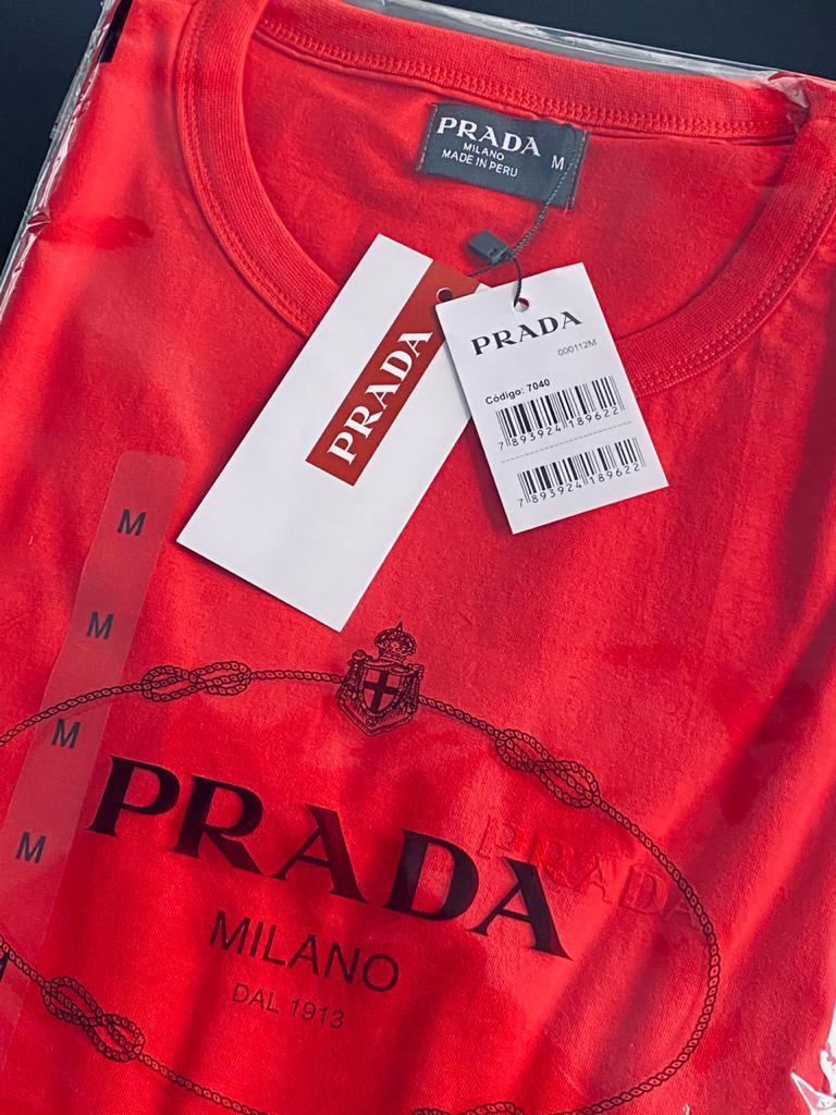 Camiseta Masculina Prada Emborrachada Premium (cada)