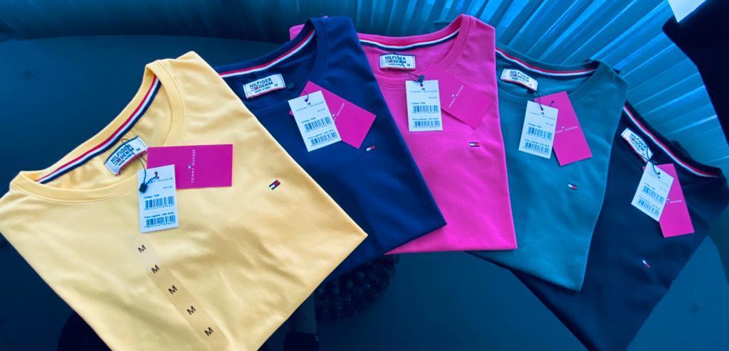 Camiseta Tommy Hilfiger Feminina Bordada Premium (cada)