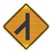 Placa De Rua Confluência À Esquerda Grau Técnico A-13a Grau Técnico I - 50x50cm