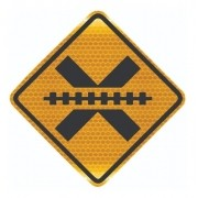 Placa De Trânsito Passagem Sem Barreira Grau Técnico A-39 Grau Técnico I - 50x50cm