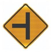 Placa Via Lateral À Esquerda Refletiva A-7a Grau Técnico I - 50x50cm