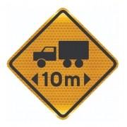 Placa Viária Refletiva Comprimento Limitado A-48 Grau Técnico I - 50x50cm
