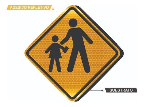 Placa Passagem Sinalizada De Escolares Refletivo A-33b Grau Técnico I - 50x50cm