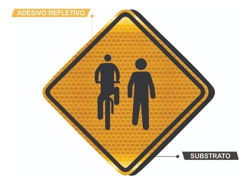 Placa Trânsito De Ciclista E Pedestre Refletivo A-30c Grau Técnico I - 50x50cm