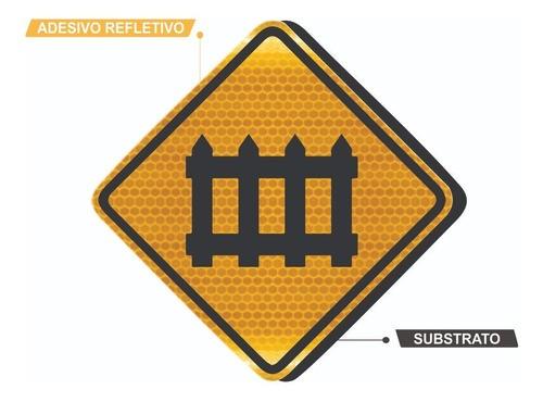 Placa Viária Passagem Com Barreira Refletivo A-40 Grau Técnico Comercial - 50x50cm