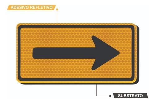 Placa Viária Sentido Único Refletivo A-26a Grau Técnico I - 50x50cm