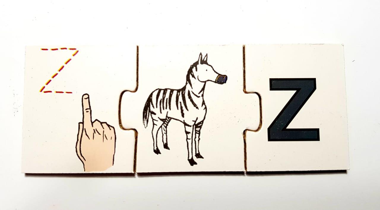Alfabeto Ilustrado em Libras / 78 peças em MDF