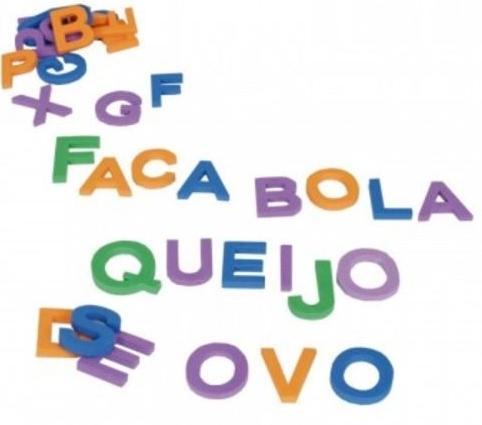 Alfabeto Móvel Em Eva - 72 Letras Maiúsculas