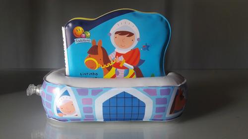 Livrinho Flutuante Cavaleiros - Para Bebês