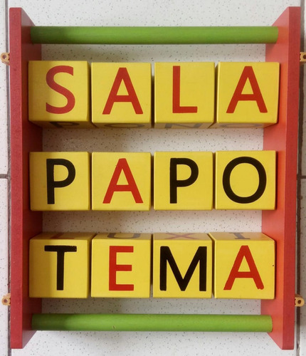 Soletrando / Caça-palavras de parede/ em madeira