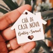 KIT 10 CHAVEIROS PERSONALIZADOS MDF BRANCO 3MM FORMATO DE CASA COM NOMES