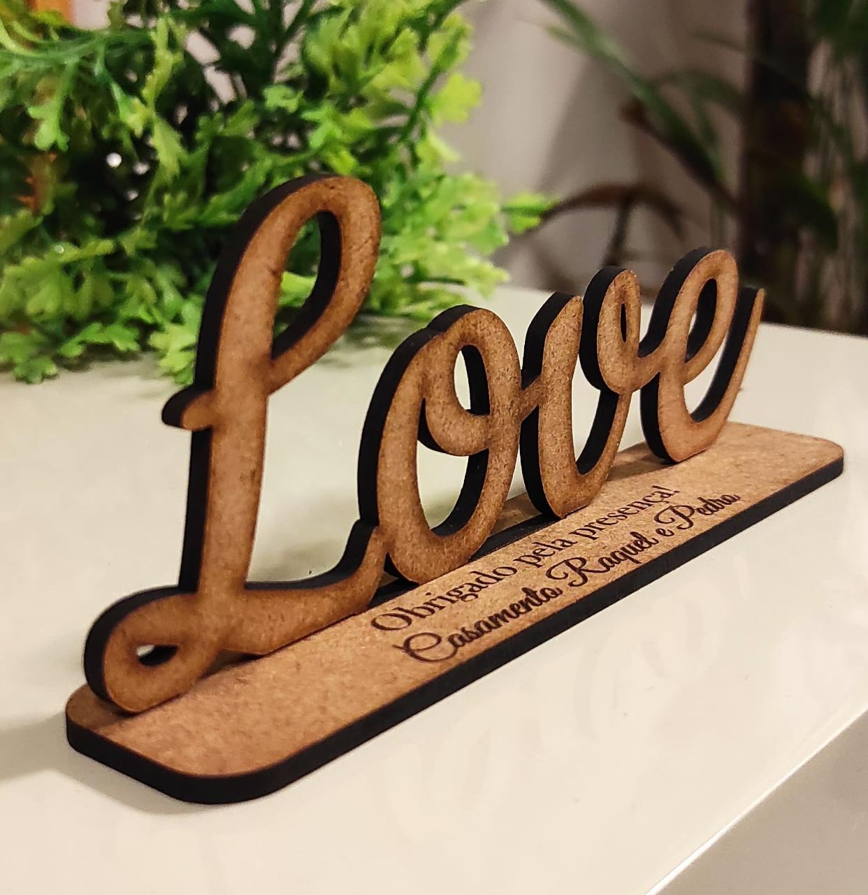 LOVE EM MDF CRU COM BASE PERSONALIZADA 14X5CM