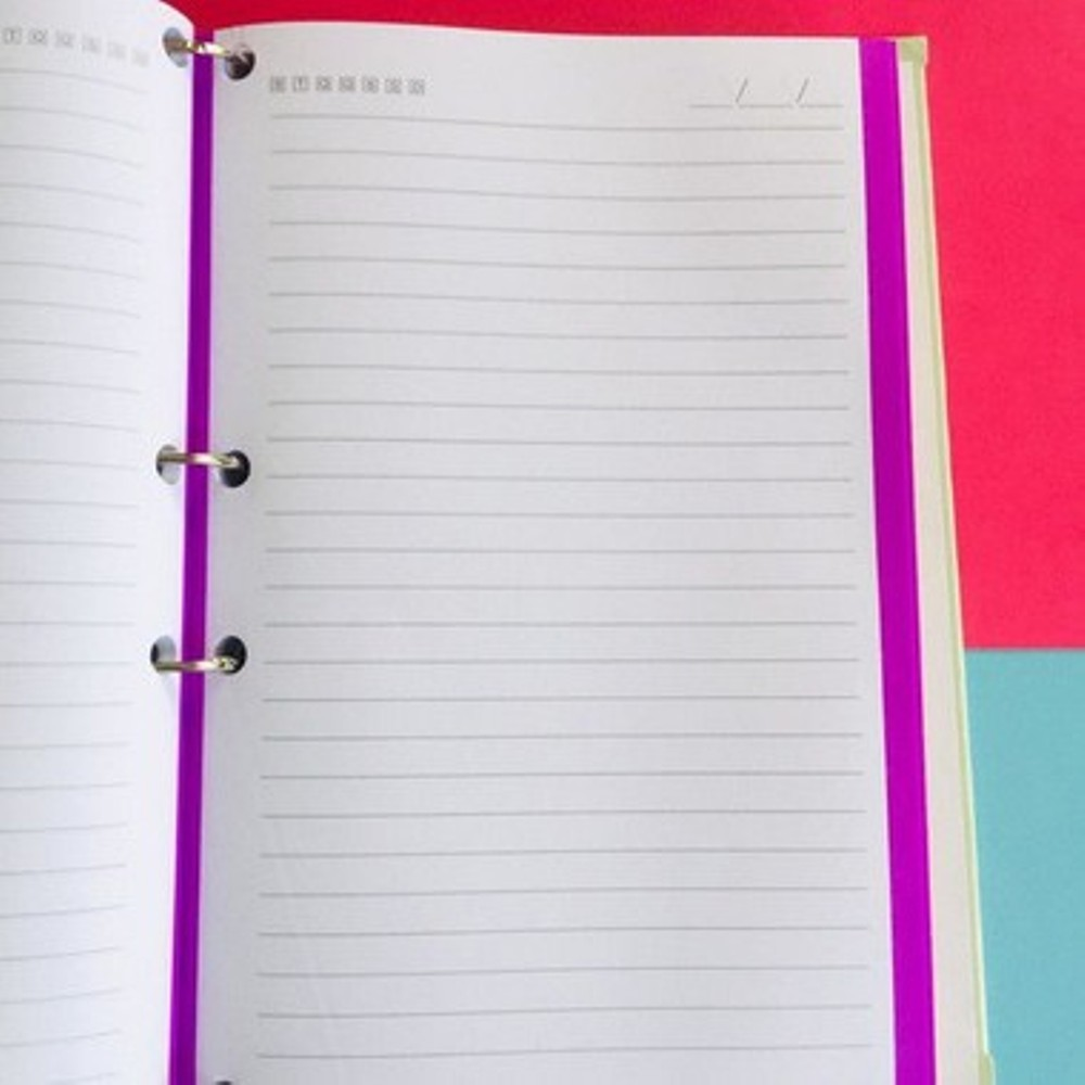 Caderno argolado universitário A4 poá