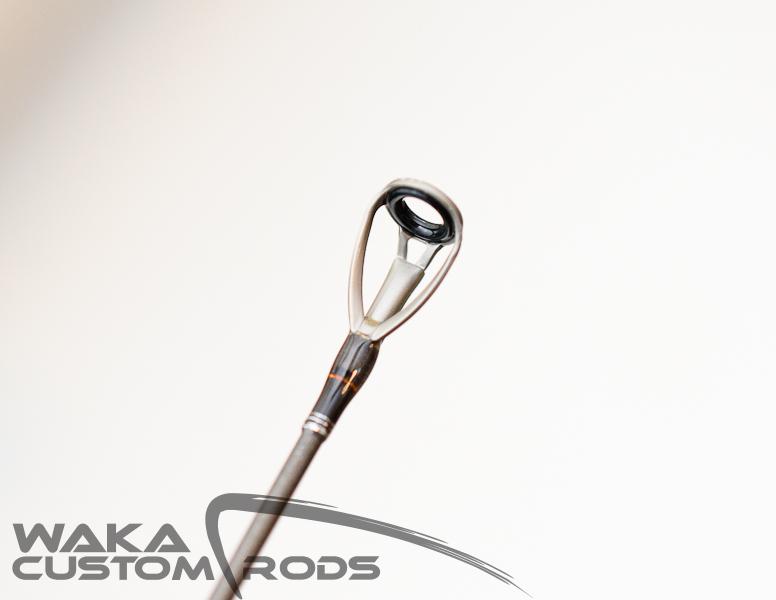 Vara Waka Custom Rods - Jig Head F3 Platinum 8-17 lbs para Carretilha
