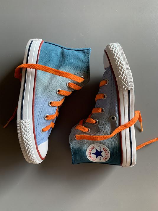 Tênis All Star Infantil Cano Alto Degradê Azul com cadarço colorido