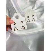 Kit com 2 Brincos  Triângulo