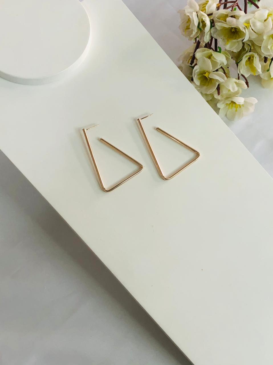 Argola Triangular