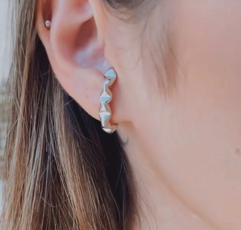 Ear Hook Juliette