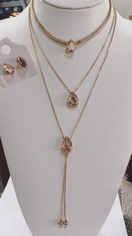 Kit de colares dourado ( vendido separado)