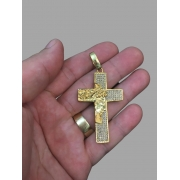 Crucifixo cravejado de zircônia e face de Jesus Cristo  -   banhado a ouro 18k