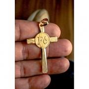 Pingente cruz com escrita fé  banhado a ouro 18k