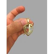 Pingente escudo da fé banhado a ouro 18k