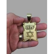Pingente Jesus com estrela de Davi -   banhado a ouro 18k