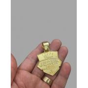 Pingente  Jesus Vence -   banhado a ouro 18k