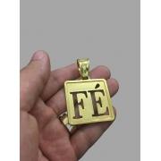 Pingente  quadrado fé vazado -   banhado a ouro 18k