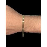 Pulseira  Laminada -  4 milímetros - 22 Centímetros - fecho gaveta - Banhado a ouro 18 k