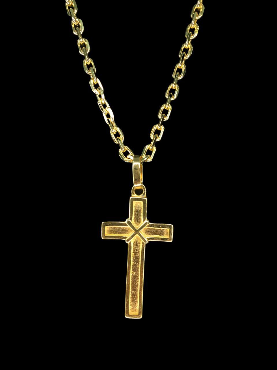 Kit Corrente cartie - 5 milímetros -   70 centímetros  - fecho gaveta   Com Pingente cruz detalhe amarrado  Banhados a Ouro 18k