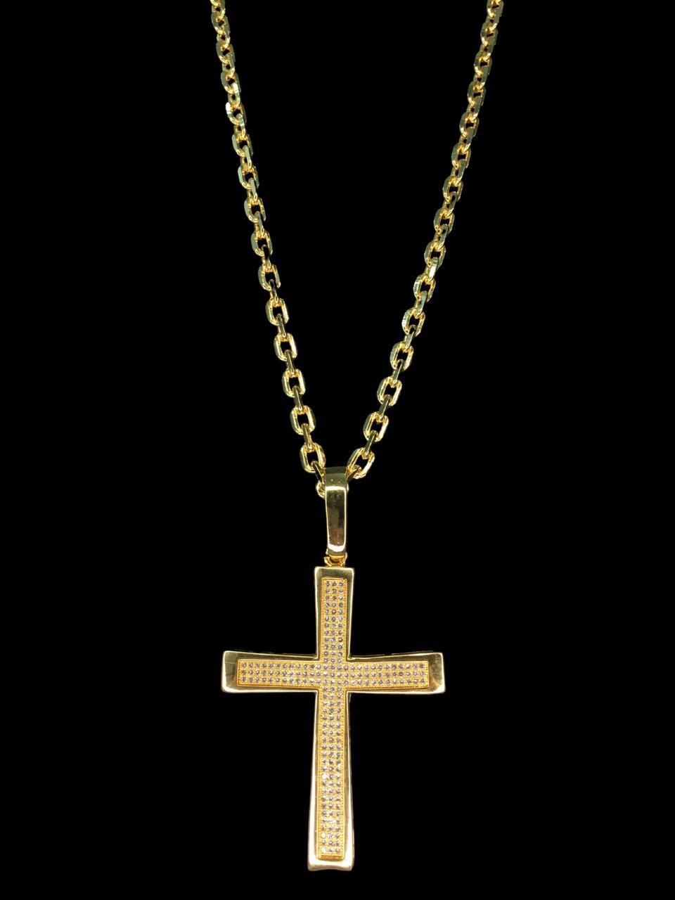 Kit Corrente cartie de 3 milímetros  70 centímetros  Com Pingente Cruz cravejada  Banhados a Ouro 18k