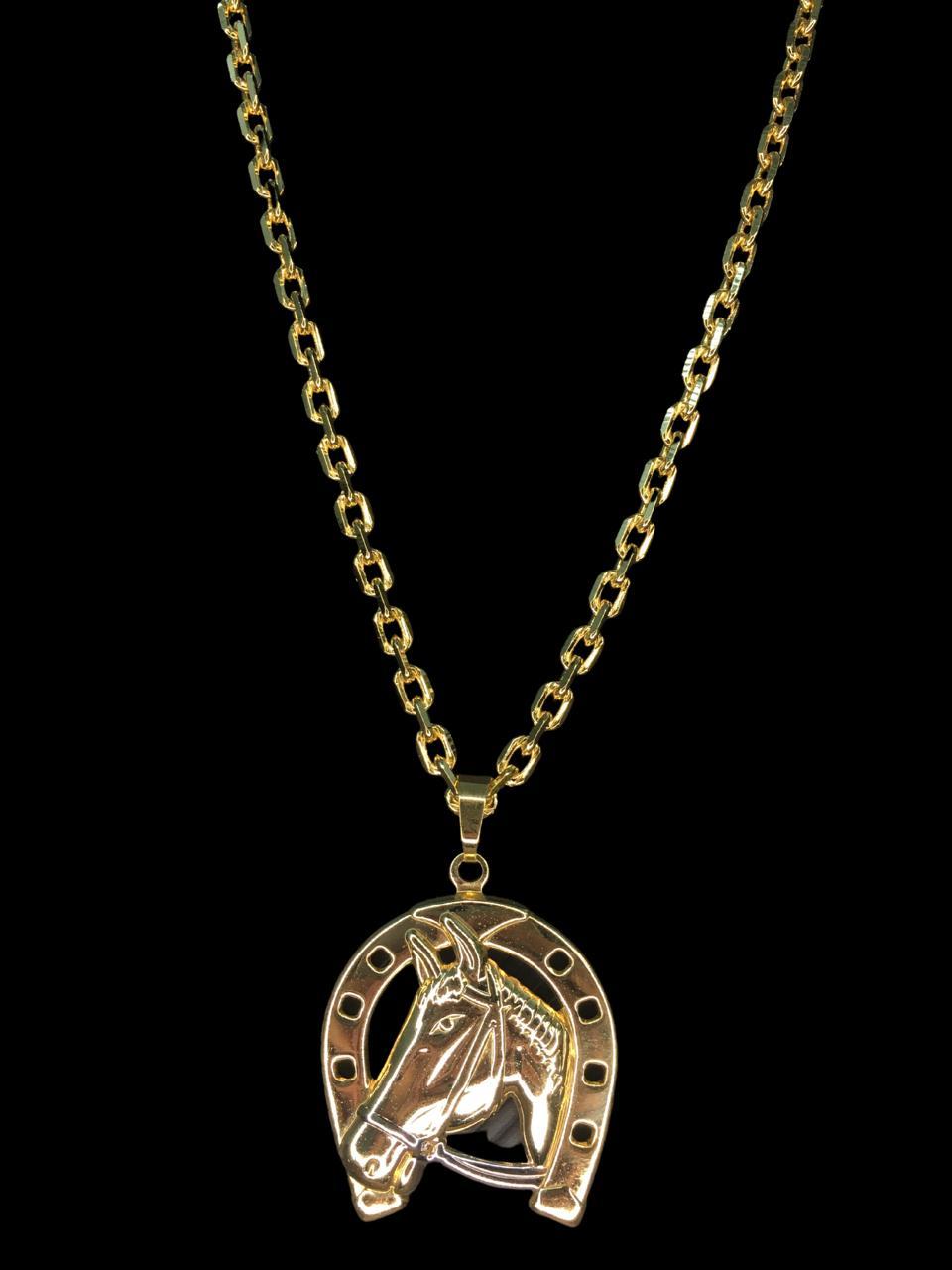 Kit Corrente cartie de 3 milímetros  70 centímetros  Com Pingente Ferradura cavalo  Banhados a Ouro 18k