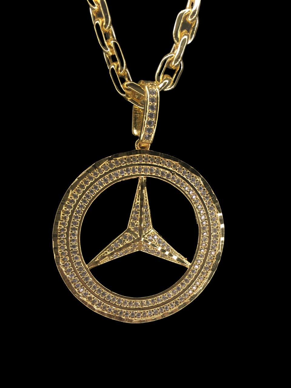 Pingente Mercedes   - pedras cravejadas banhado a ouro 18k