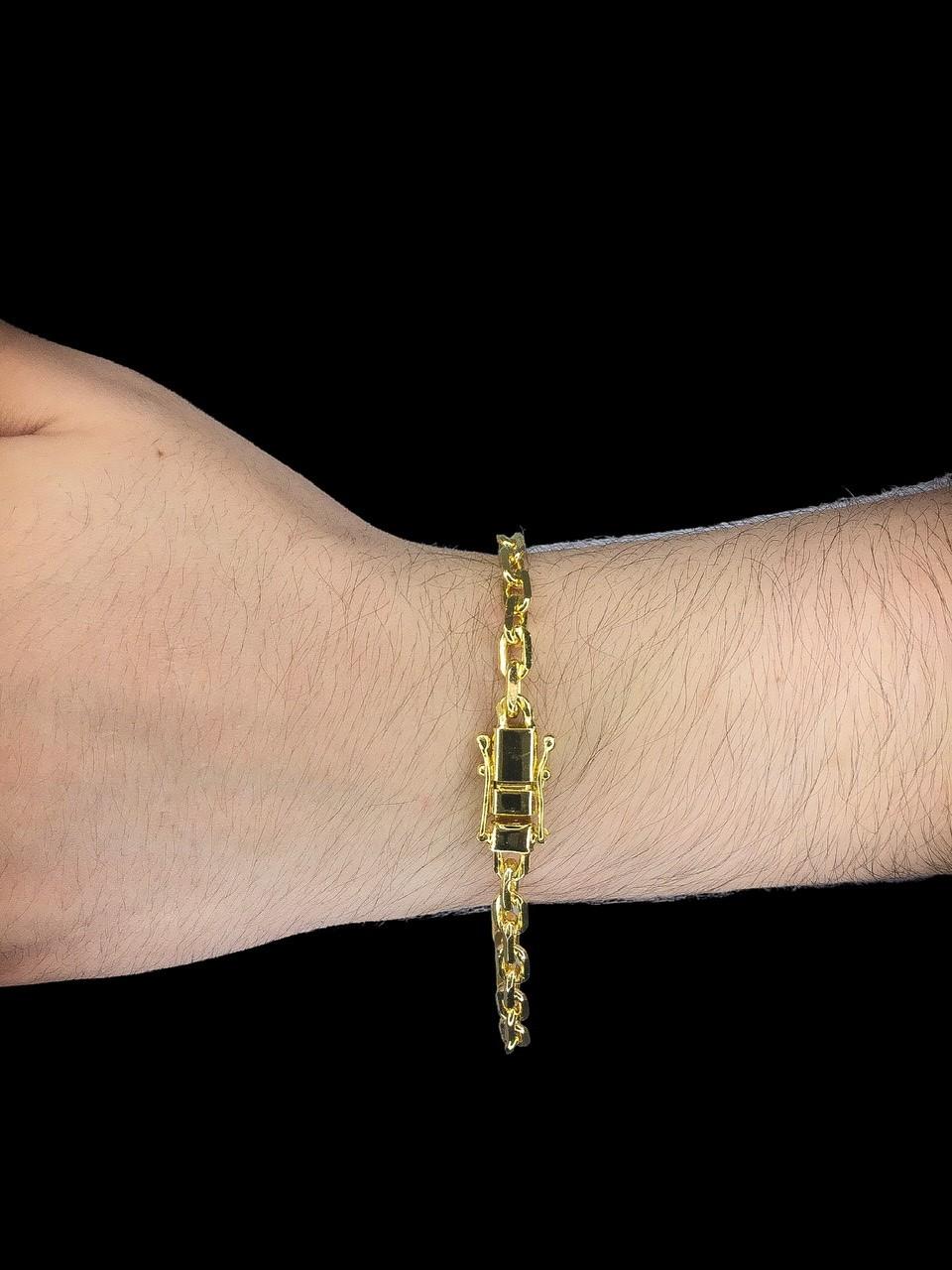 Pulseira Cartie -  5 milímetros - 22 Centímetros - fecho gaveta trava dupla - Banhado a ouro 18 k
