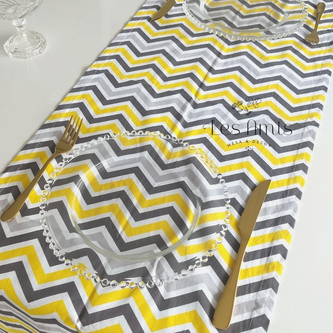 Trilho Chevron Grande Cinza/Branco/Amarelo