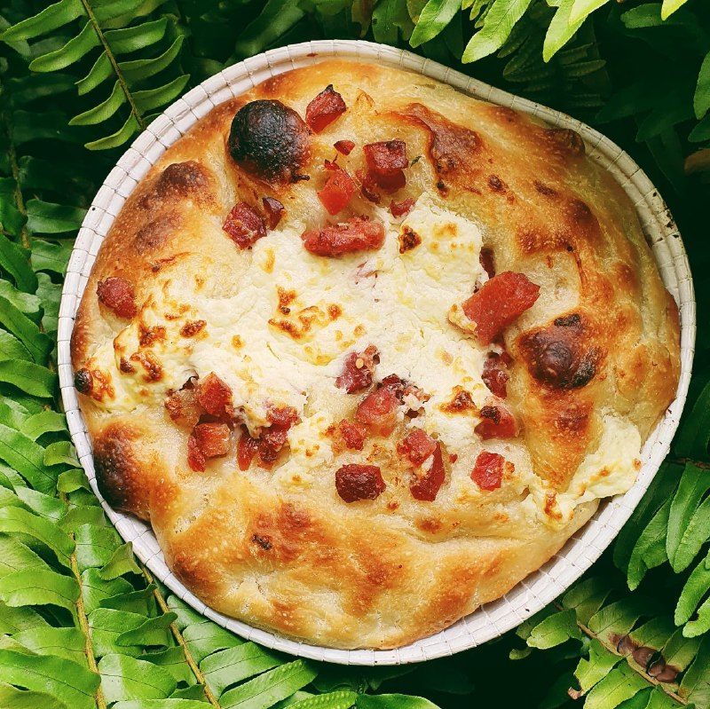 Focaccia Bacon e Cream Cheese  - Beth Bakery