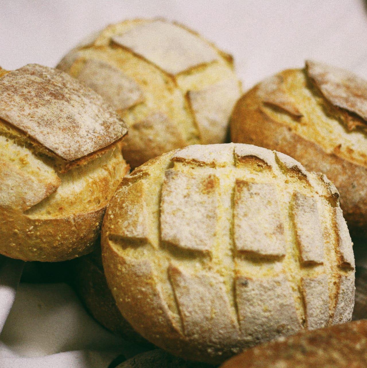 Pão de Milho  - Beth Bakery