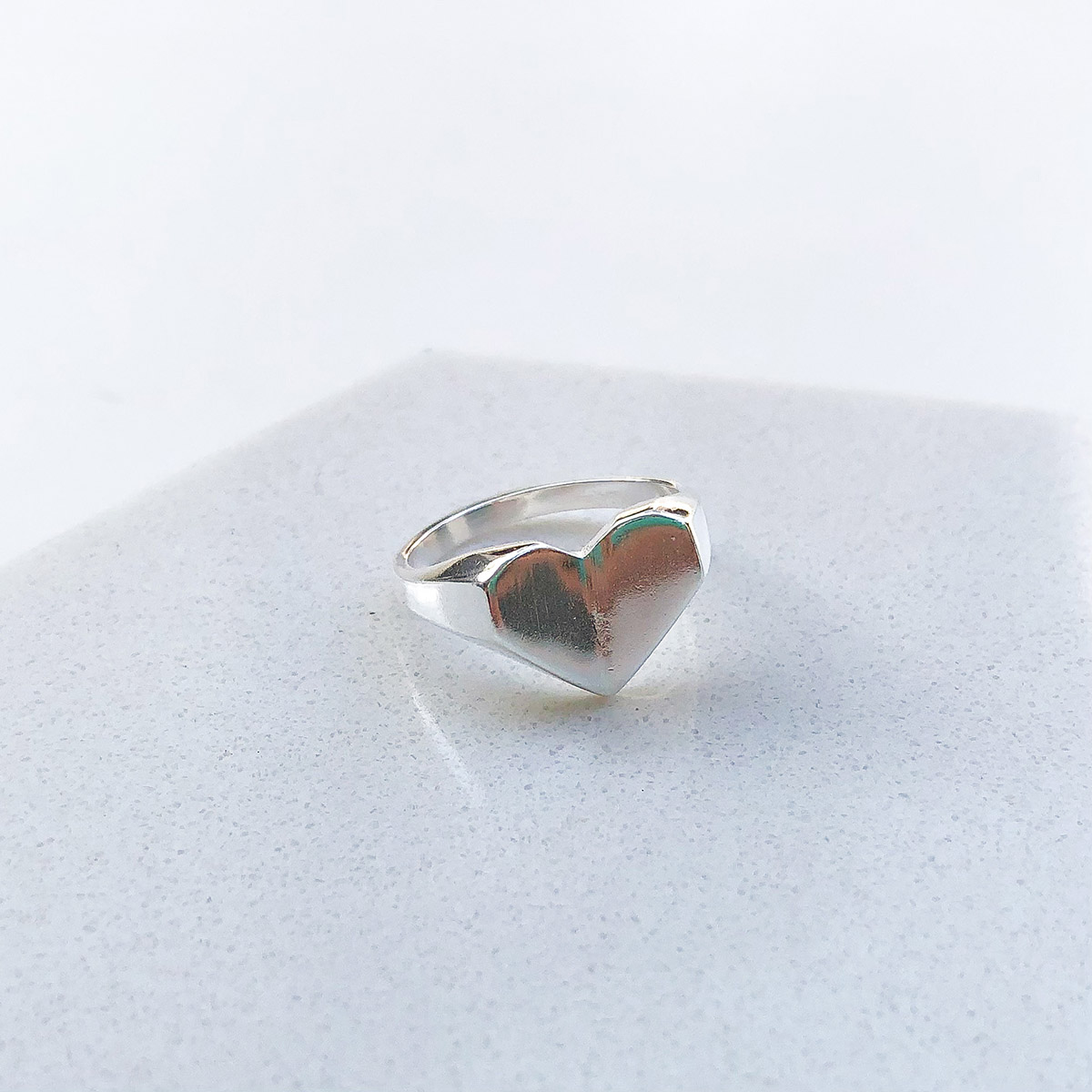 Anel de Prata Dedinho Coração Origami