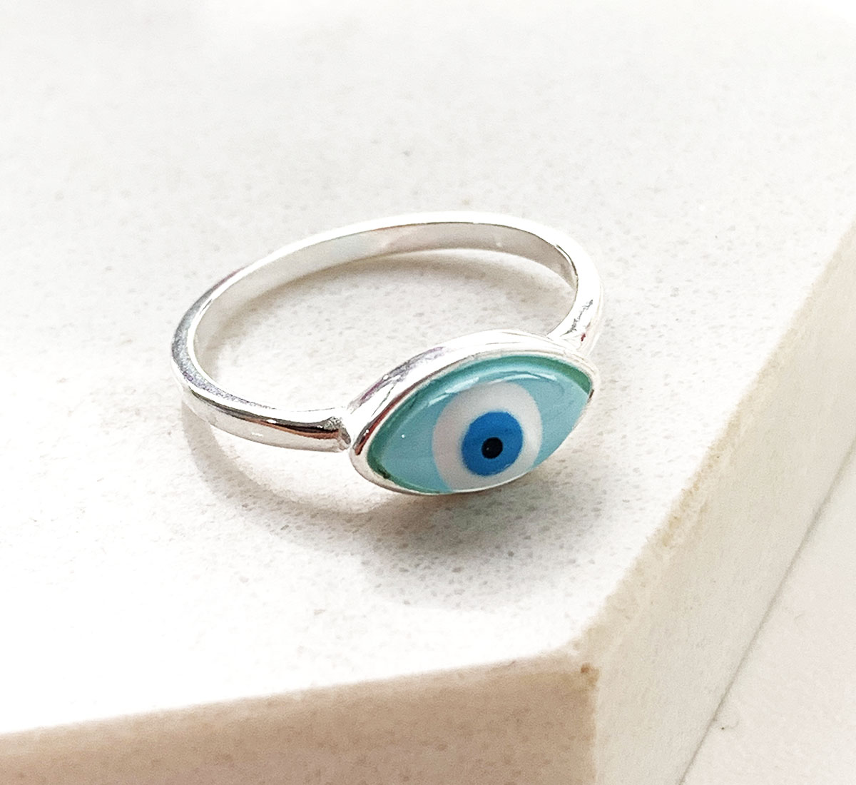 Anel de Prata Oval Olho Grego Azul Claro