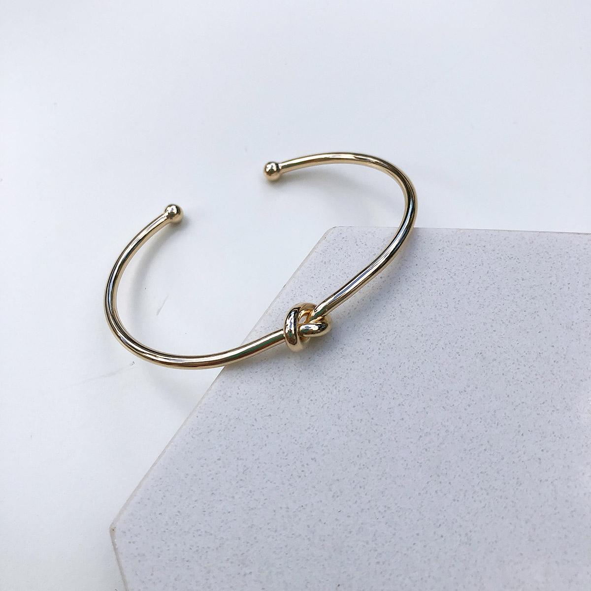 Bracelete Banhado a Ouro 18k Nó