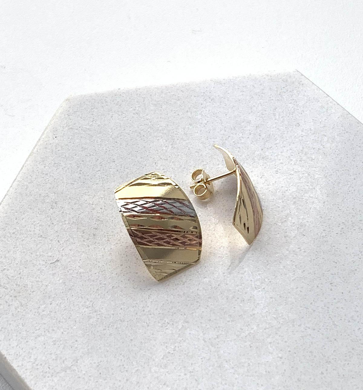 Brinco Folheado a Ouro 18K Bicolor Detalhe Listra Prateado e Listra Rosé