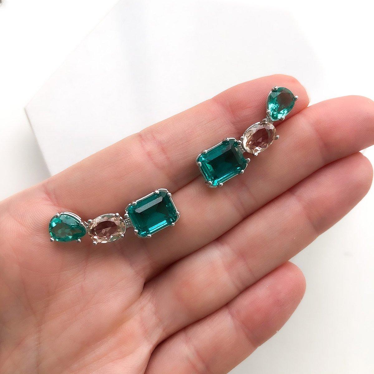 Brinco Folheado a Ouro 18K Ear cuff 3 Cristais Coloridos Com Verde