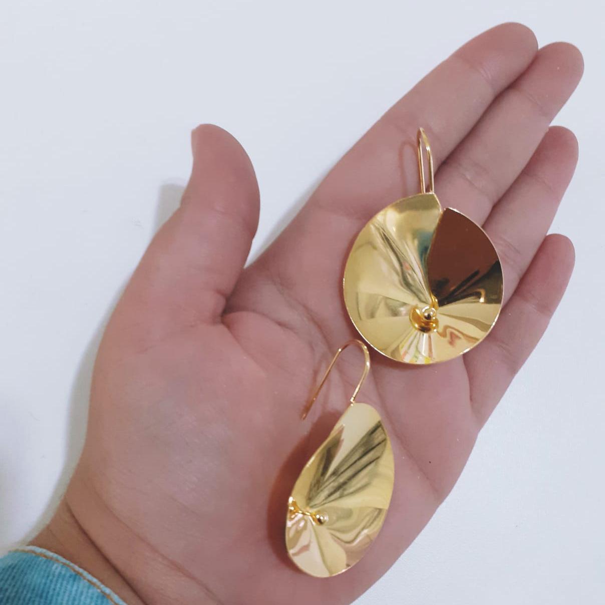 Brinco Folheado a Ouro 18K Gancho Espiral
