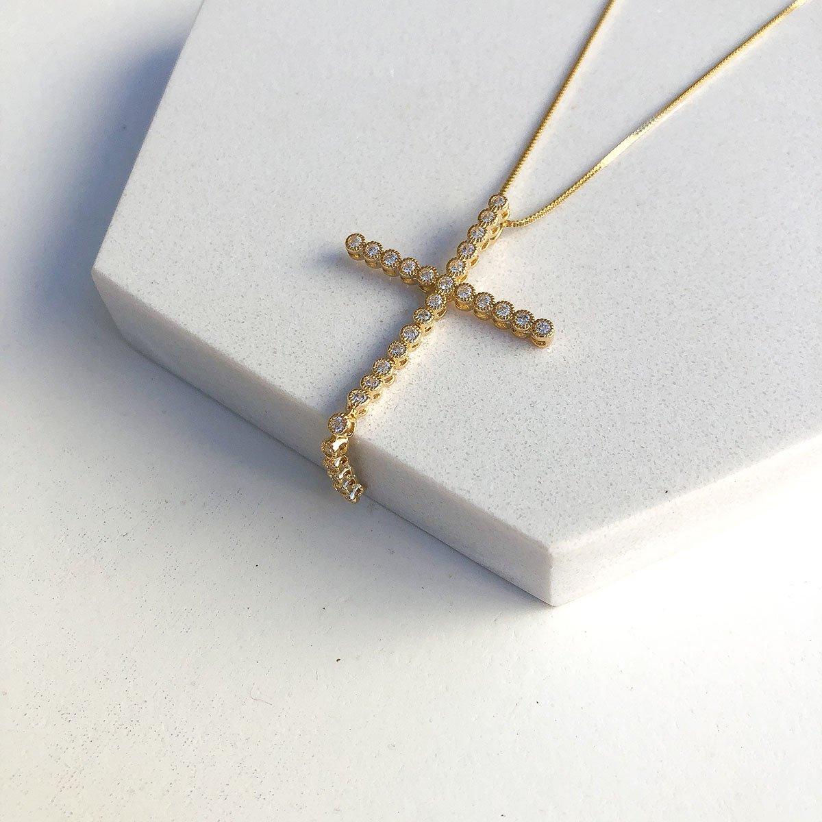 Colar Banhado a Ouro 18k Cruz Maleável Zircônias