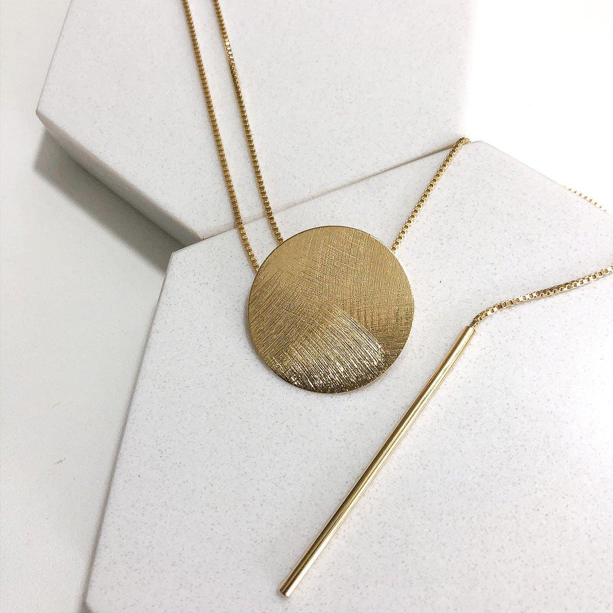 Colar Banhado a Ouro 18k Longo com Pingente Círculo E Pêndulo Fio