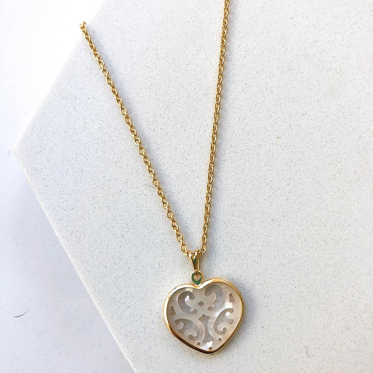 Colar Banhado a Ouro 18k Longo com Pingente Coração Desenhado