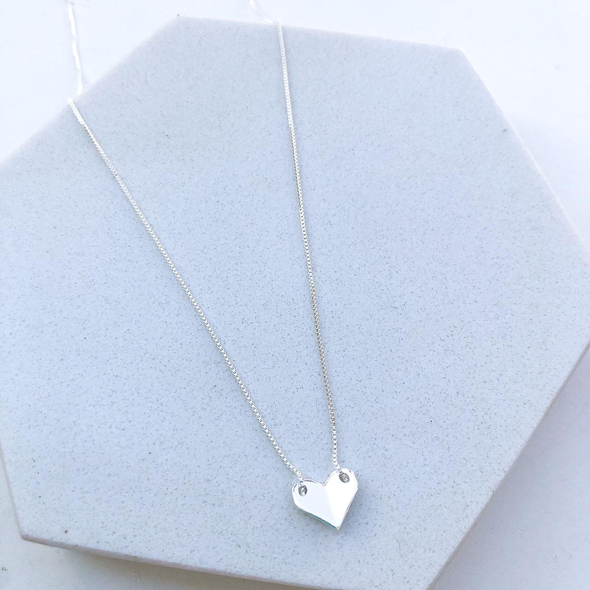Colar de Prata Mini Coração Origami