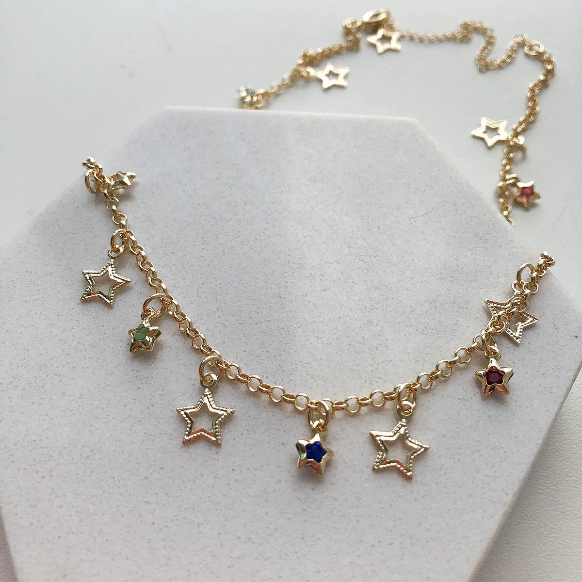 Gargantilha Banhado a Ouro 18k Estrelas Vazadas e Coloridas