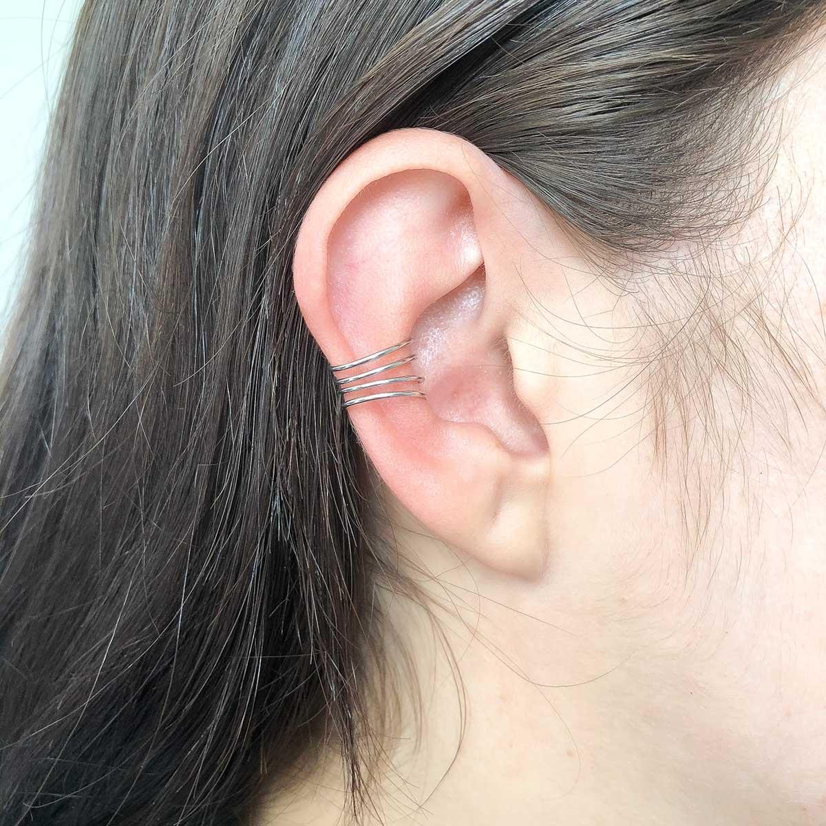 Piercing de Bijuteria Fake Linhas Prateado